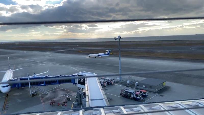 結構頻繁に飛行機は離陸します。