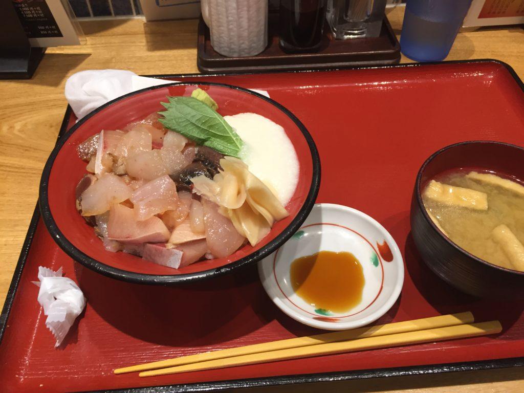 画像:金沢 海鮮丼
