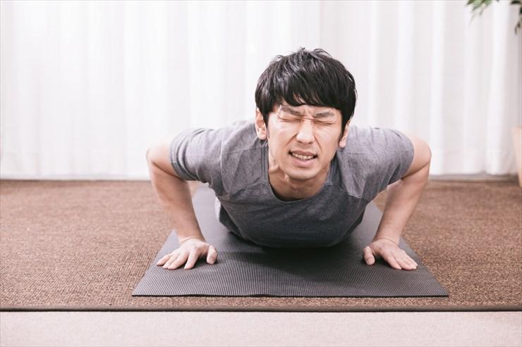 「みんなで筋肉体操」で楽しく筋トレ